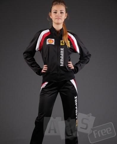 Новый спортивный костюм FERRERI женский