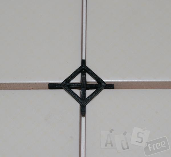 Крестик для укладки плитки черный