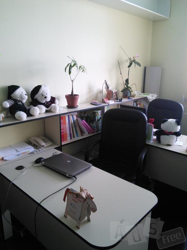 Здам робоче місце міні офіс коворкінг