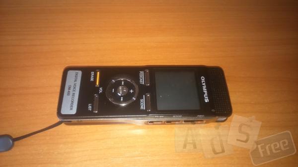 Продам диктофон Olympus DM-450