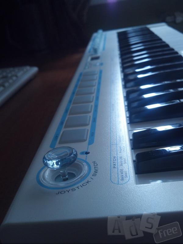MIDI клавиатура CME U-KEY V2 WHITE