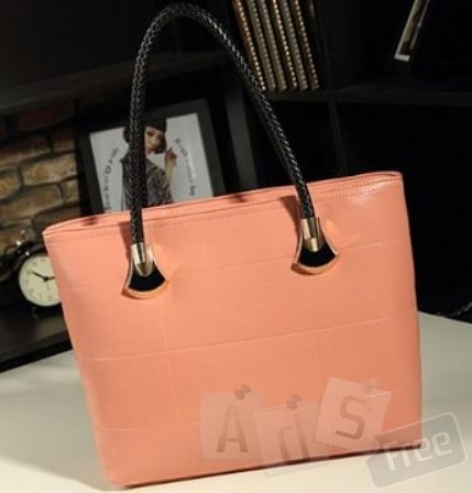 Великолепная женская сумка в стиле Given