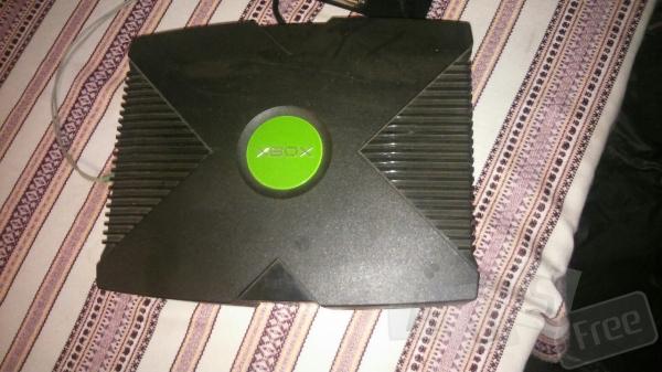 Продам Xbox+диски в подарок