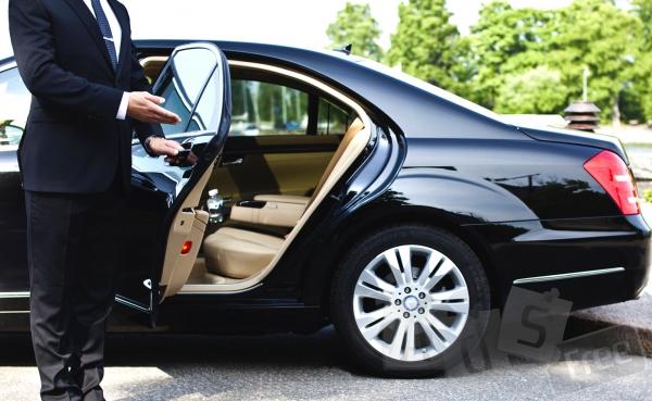 Аренда автомобиля с водителем в Харькове