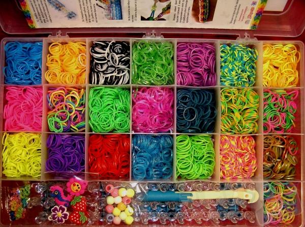 Набор для плетения браслетов 4400шт 22цв