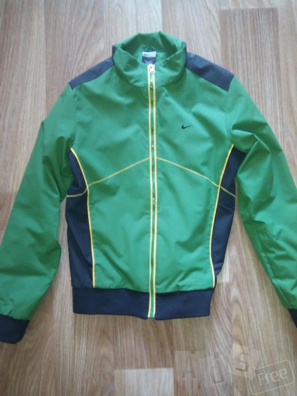 Курточка Nike оригінал