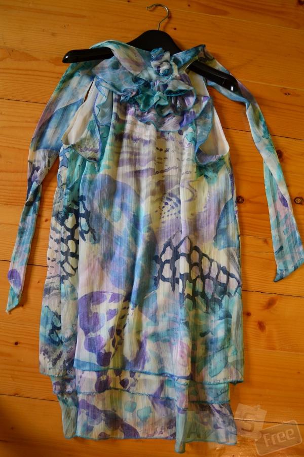 Милое летнее платье голубого цвета