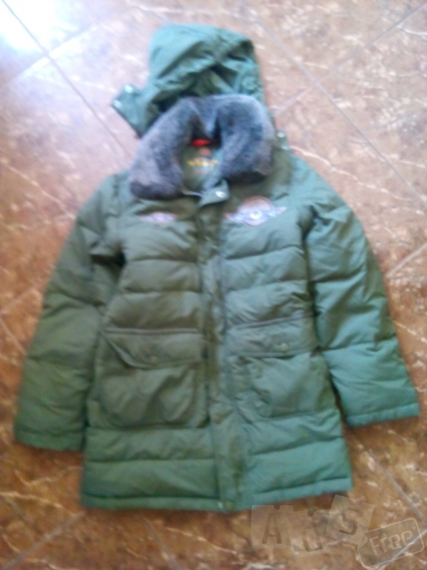 продам куртку рост 152