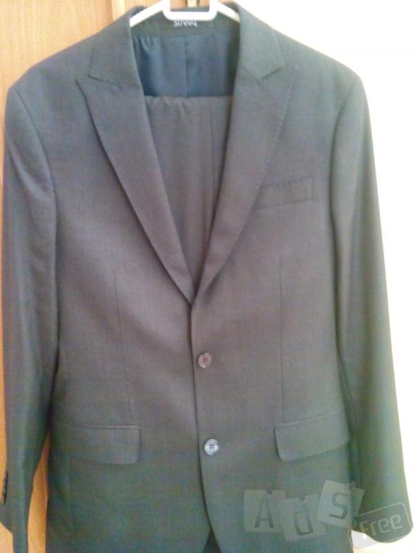 продам пиджак новый для мальчика