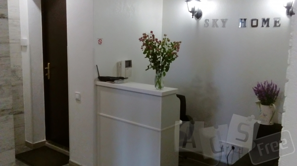 Мини-отель Sky Home на Позняках