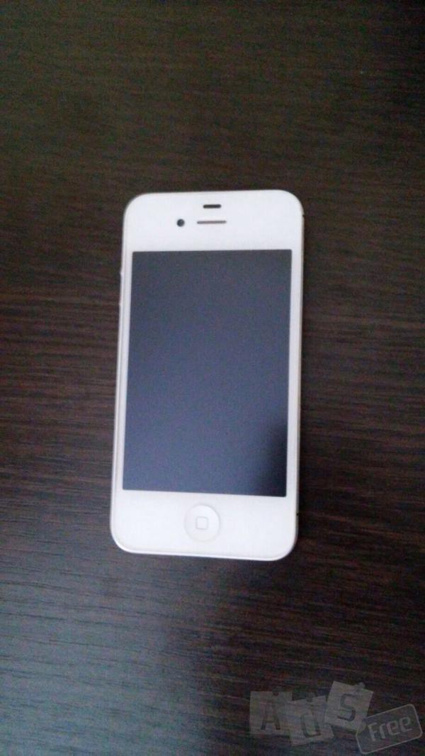 Продам iPhone 4s-оригінал