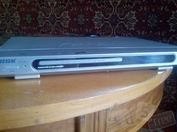 Плеер DVD караоке BBK DV318SI