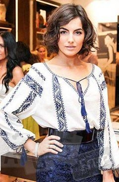 вишитая блуза