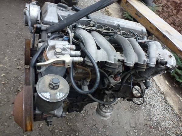 Двигатель Mercedes 124  3.0 дизель
