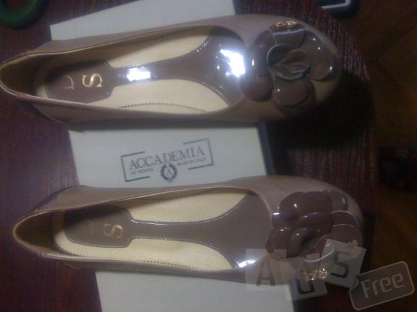 новые итальянские туфельки на низкой подошве