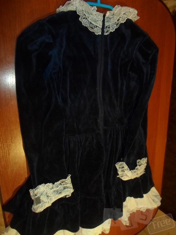 Бархатное нарядное платье 134р