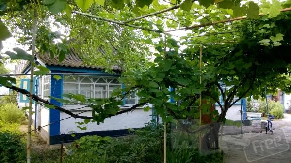 дом+1га по трассе киев-харьков дача