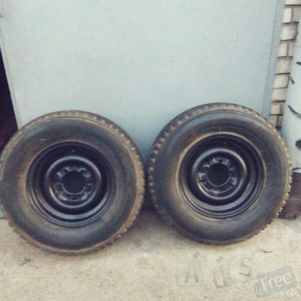 Продам колеса на Уаз  235/75 r 15