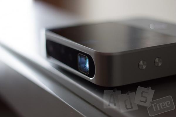 Портативный проектор ZTE Spro 2