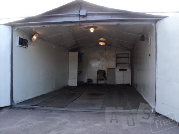 Продам гараж в ГСК Позняки 1, Урловская