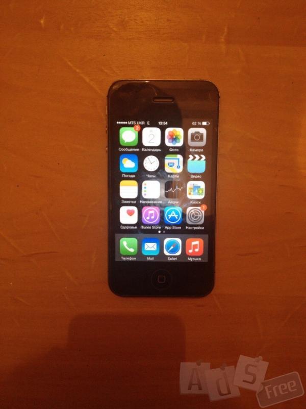 Продаётся Iphone 4s 16gb Black.Rebelious