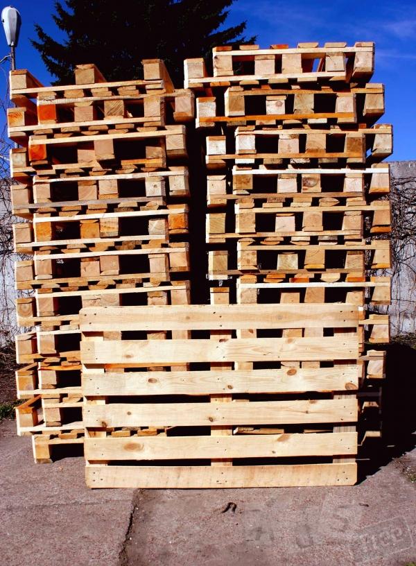 Новые деревянные поддоны собственного пр