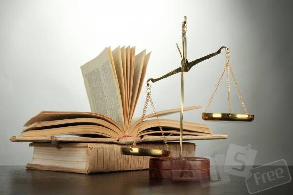 Розробка (підготовка), аналіз договорів