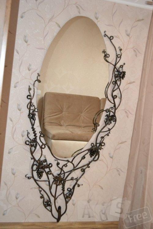 Зеркала в  оправах ручной ковки