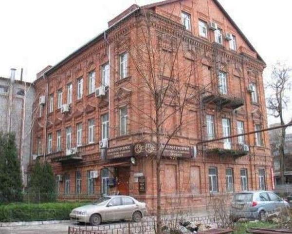 Продам БОЛЬШУЮ квартиру,в самом центре