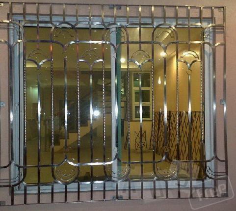 Решетки и ограждения на окна из нержавею