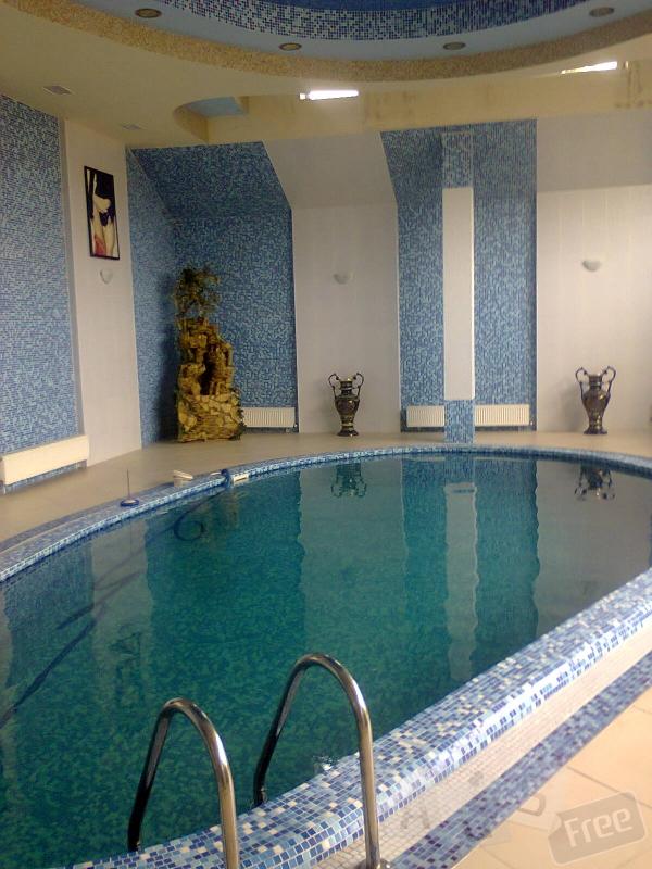 Сервисное обслуживание бассейнов.
