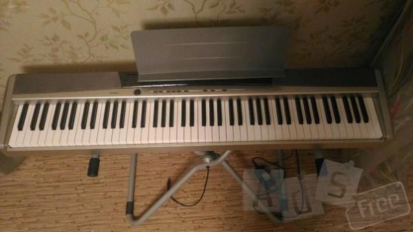 продам цифровое фортепиано casio-privia-