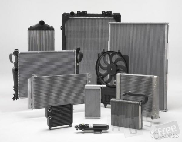 Радиаторы  погрузчиков ,спец техники опт