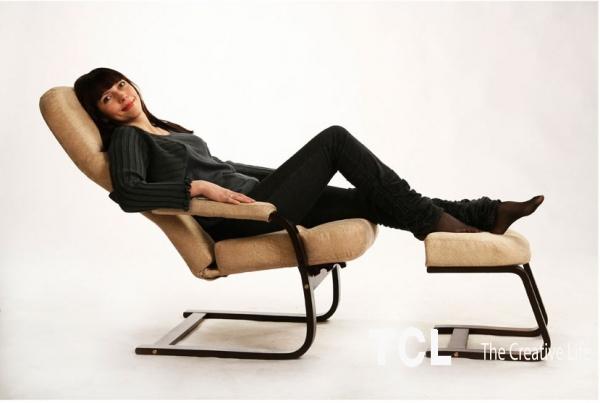Кресло качалка для кормящих мам