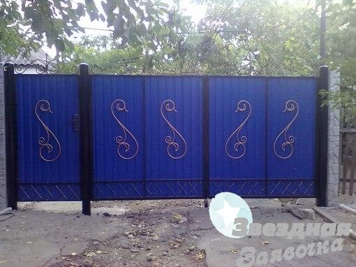 Ворота распашные с профнастила Луцк