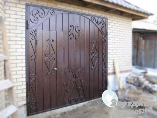 Гаражные металлические ворота Луцк