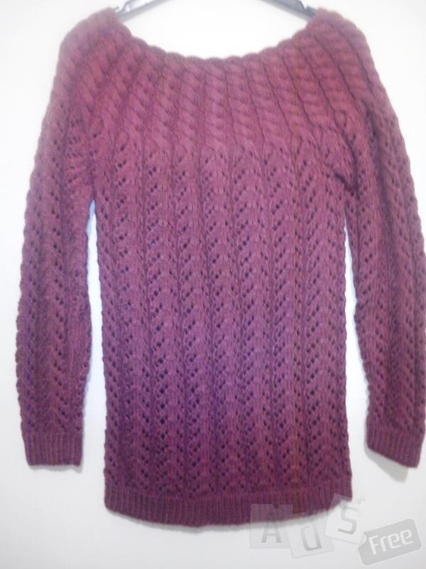 Продам вязанный свитер.