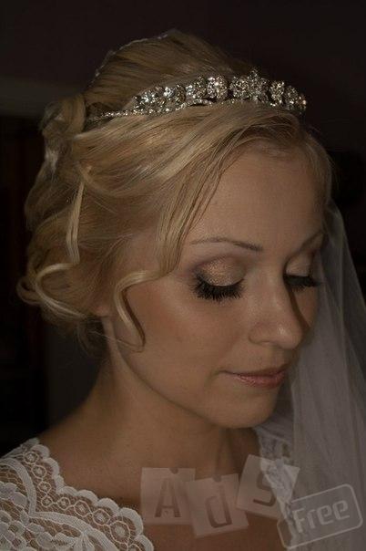 Свадебные, выпускные, вечерние и повседневные прически,плетение всех видов кос.