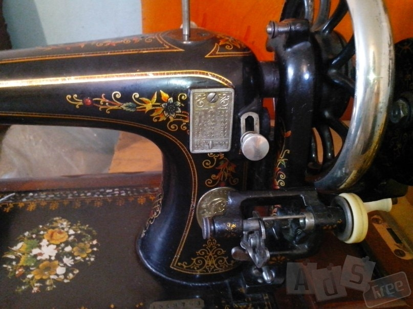 Старинная машинка Зингер