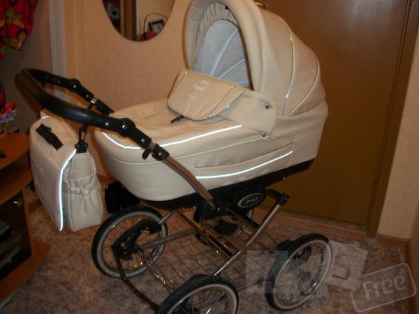 Продам детскую коляску Adamex