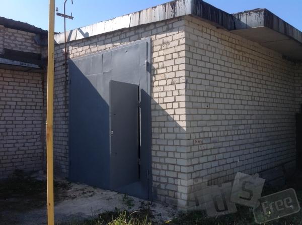 Срочно продам склад-гараж 120 м2. 6х20 высота потолка 4 м .
