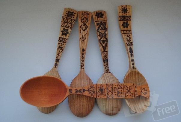 Ложка деревянная с узорами