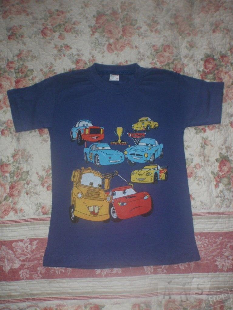 продам футболку на мальчика на 6-7 лет