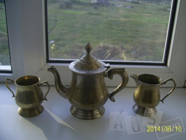 чайный сервиз,молочница,сахарница