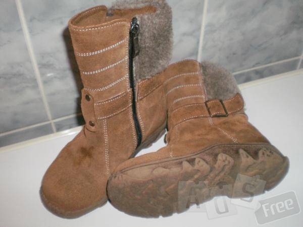 продам дитячі чобітки