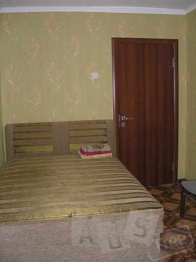 Сдам 2-х  комнатную квартиру посуточно Днепропетровск  Красный Камень