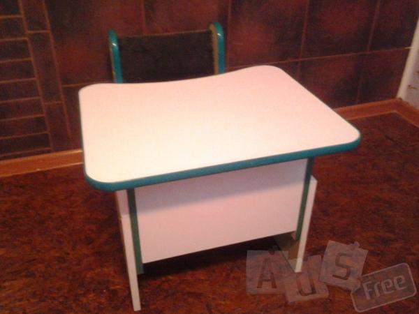 продам стіл з стільчиком