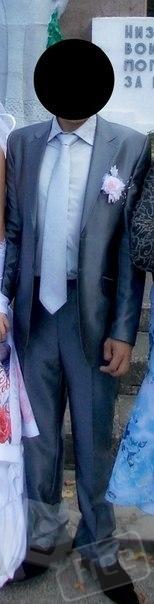 продается мужской костюм , рубашка, галстук
