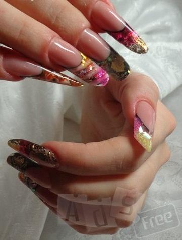 Наращивание ногтей гелем, покрытие гель-лаком.