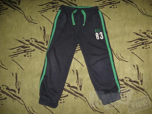 Спортивные штаны AGEр.104-110см, в хорош